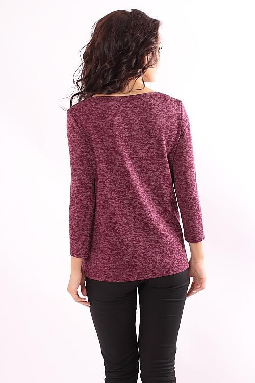 Модная блузка из меланжевого трикотажа цвета спелой вишни. Модель прямого  силуэта с втачным рукавом удобной длины 3 4. Вырез горловины